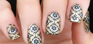 Stunning Ideas For The Damask Nail Designs