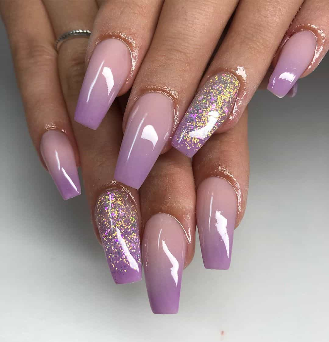 Warm Up Your Hands With These Perfect Nail Designs For The Winter - Feminine Colors
