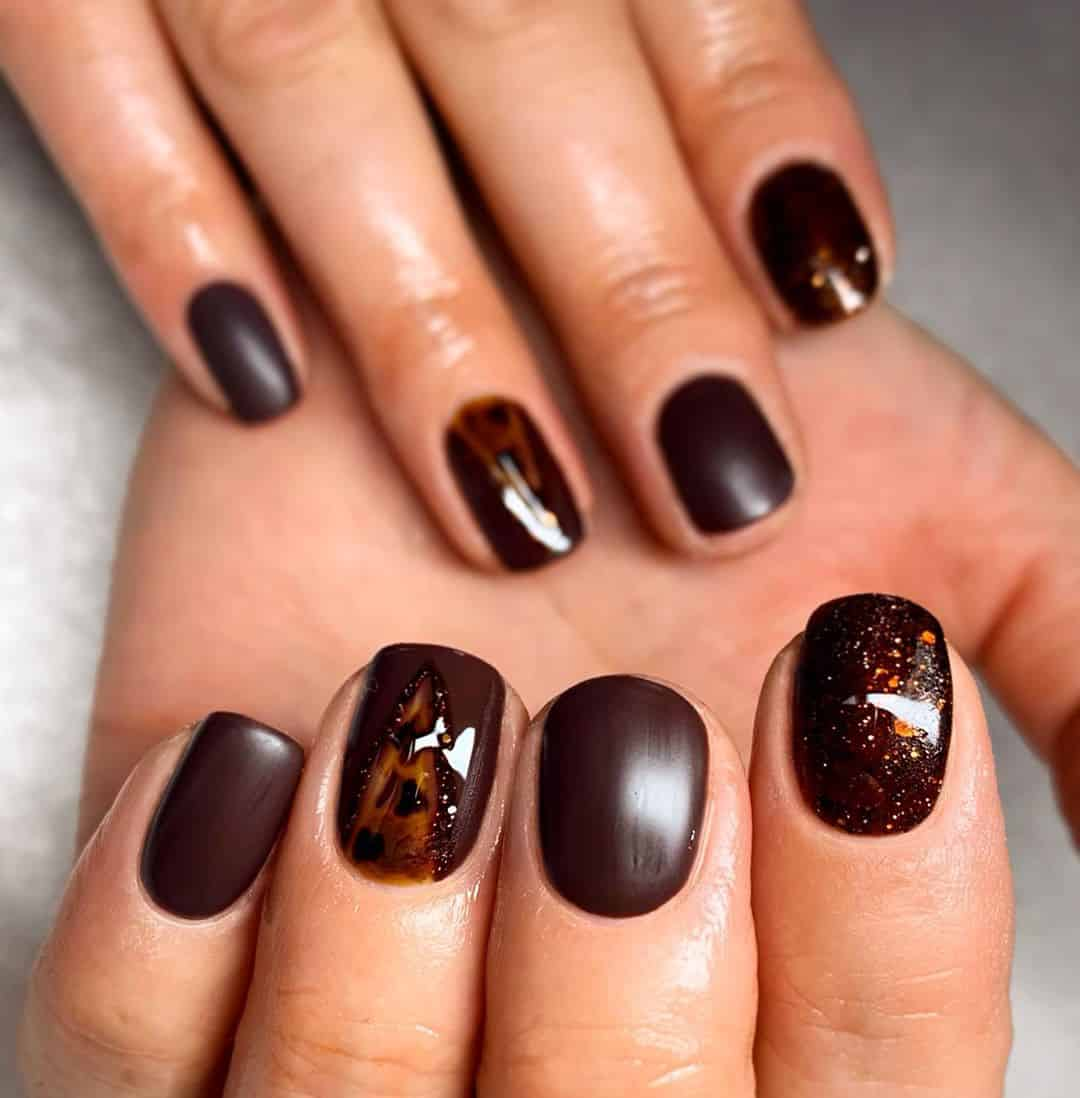 Warm Up Your Hands With These Perfect Nail Designs For The Winter - Dark Chocolate