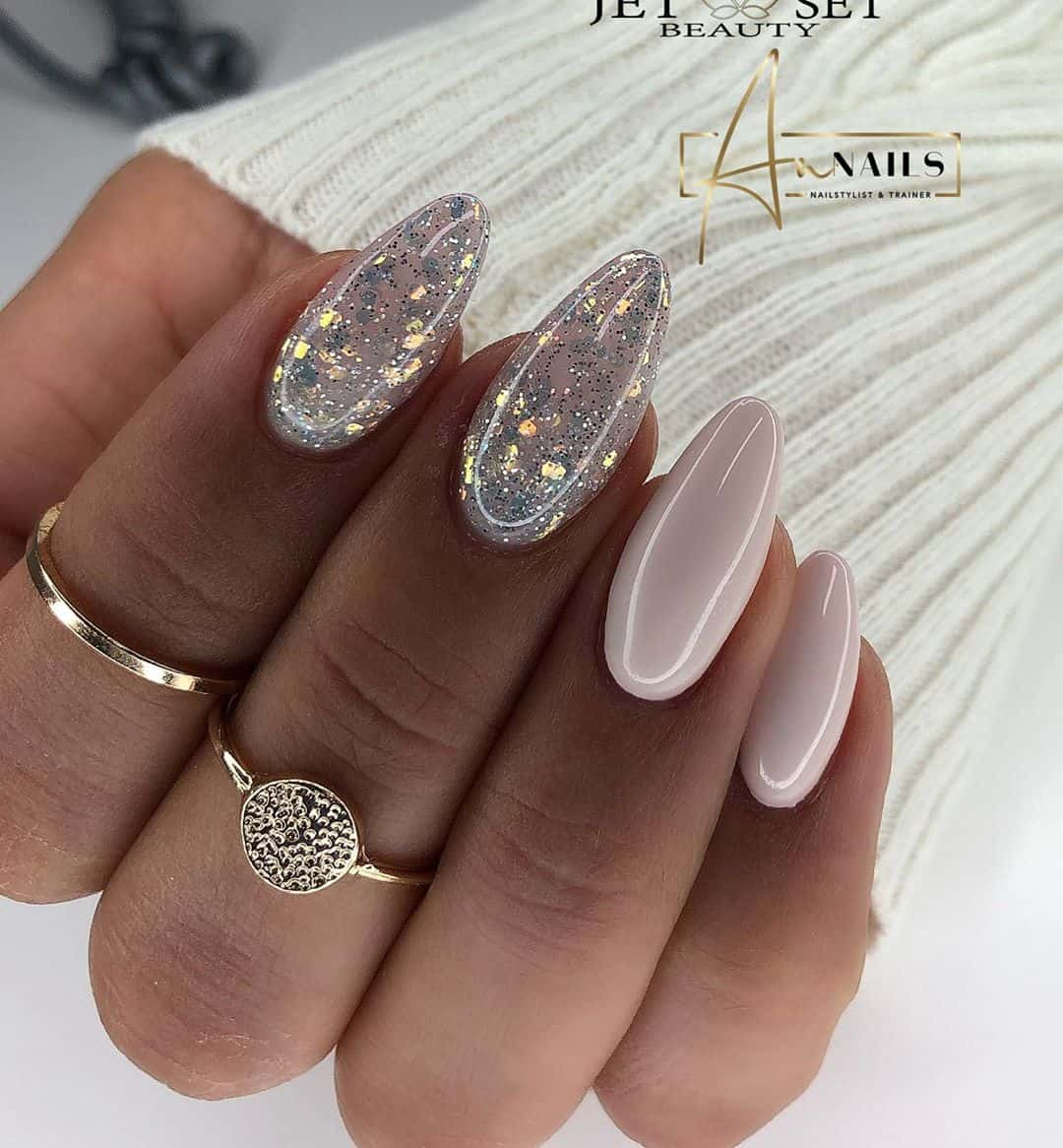 Warm Up Your Hands With These Perfect Nail Designs For The Winter - Designing Options
