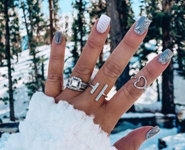 Warm Up Your Hands With These Perfect Nail Designs For The Winter
