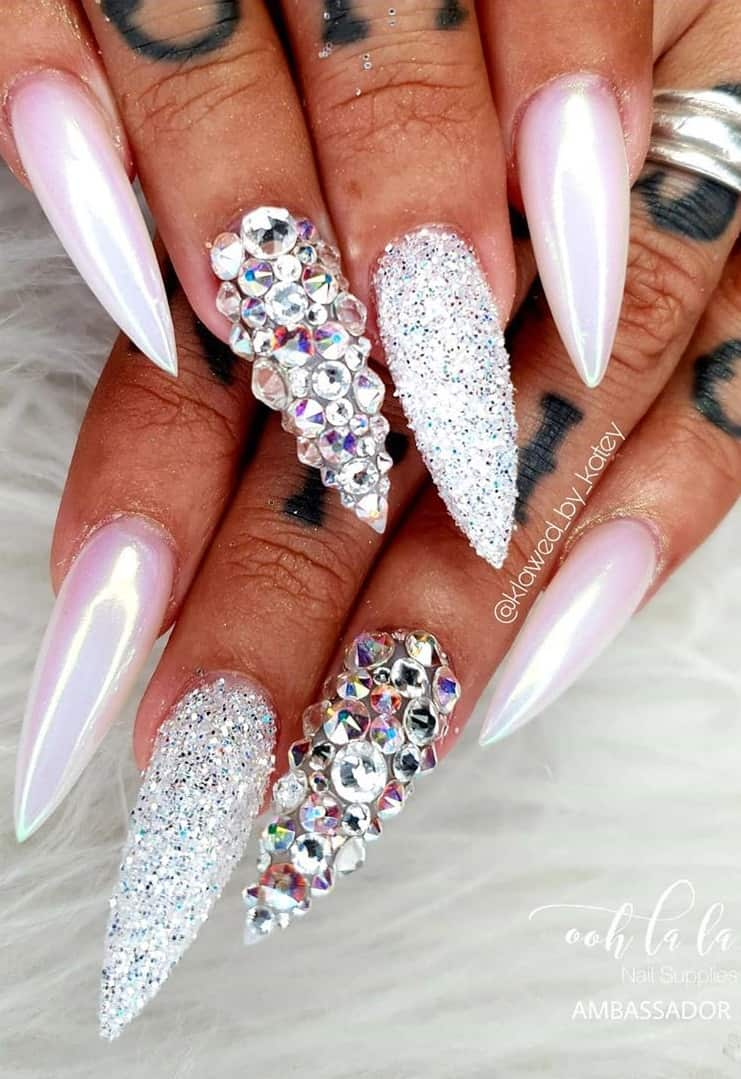 Amazing Pointed Nail Design to Have and Cherish - Chrome Nail Designs