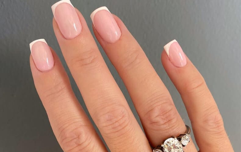 Creating the Best French Manicure Nail Tip Designs