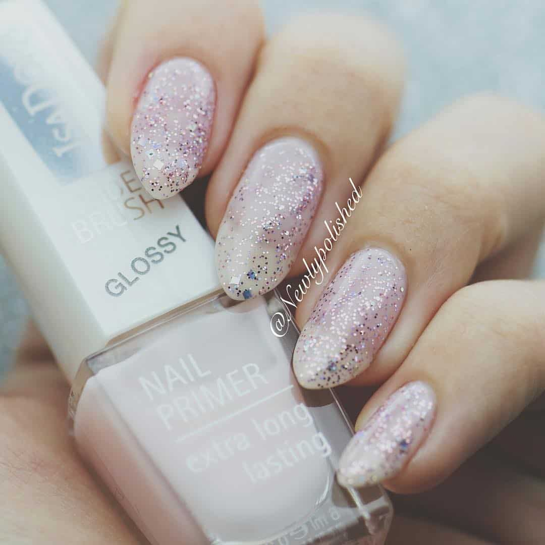 Pretty Designs For Your Nails On Your Wedding - Silvery Look To Touch Everyone