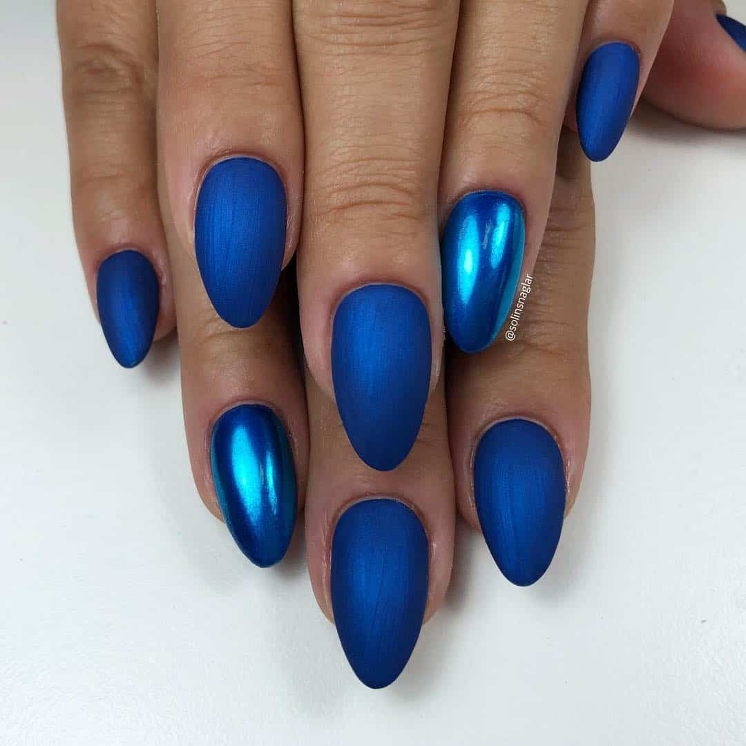 Amazing Matte Acrylic Nails When You Are Tired of the Glossy Ones - Chrome Accents