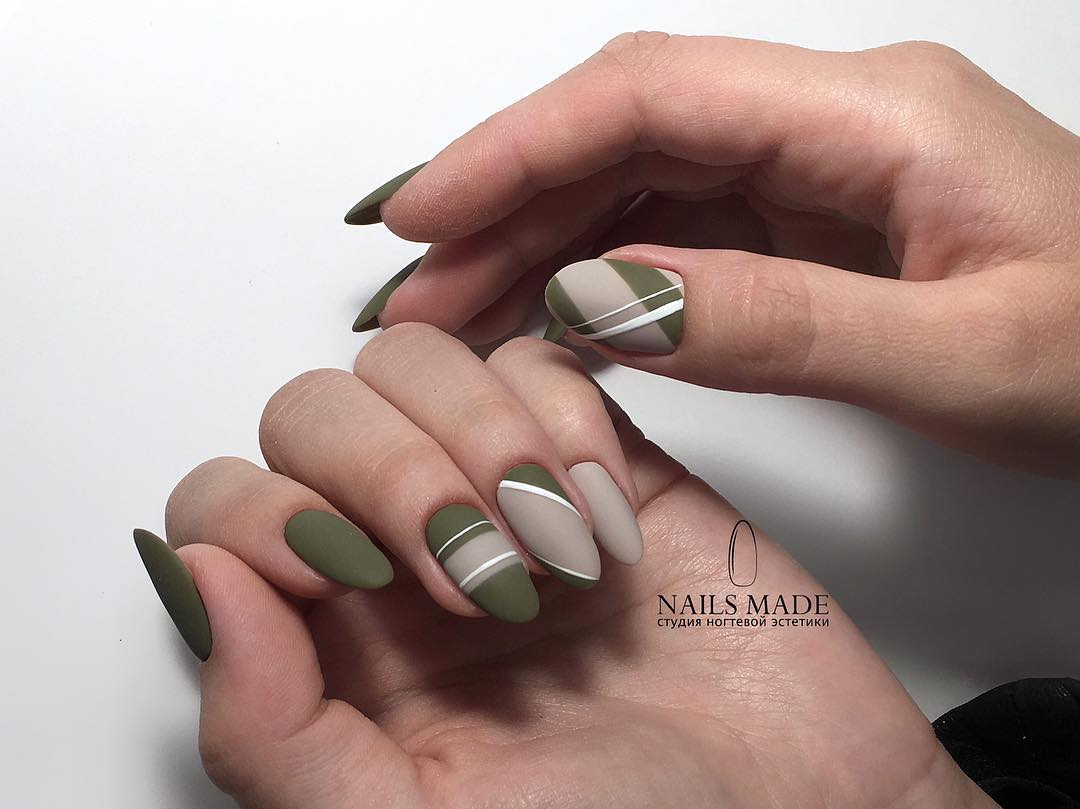 Amazing Matte Acrylic Nails When You Are Tired of the Glossy Ones - Horizontal Stripes