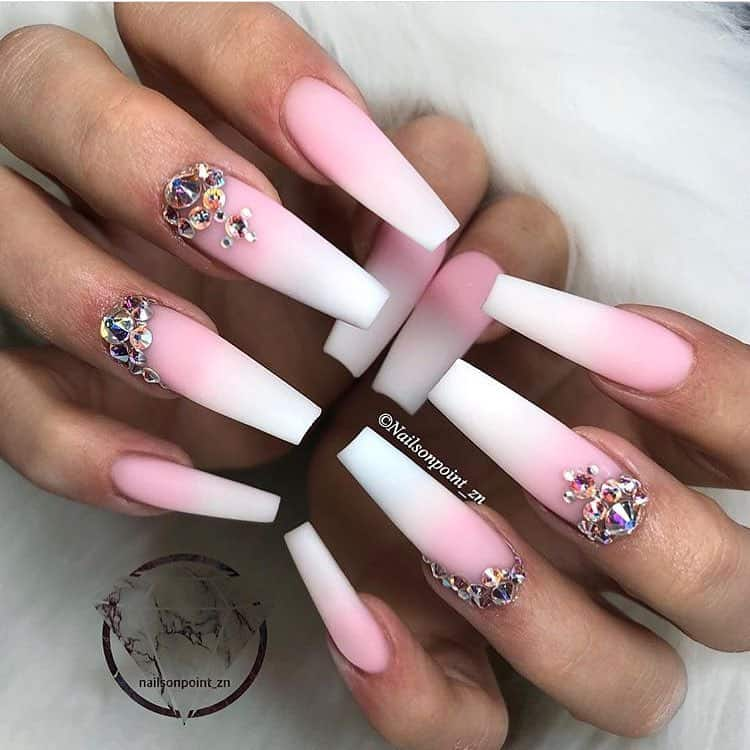 32 Super Cool Pink Nail Designs That Every Girl Will Love - Pink Rhinestone Nail Art