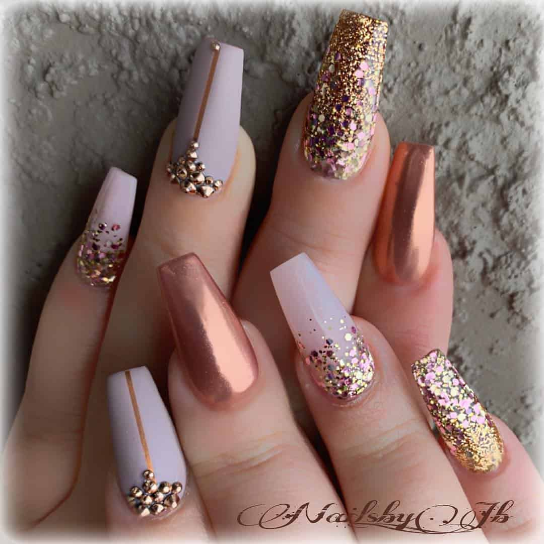 21 Elegant Design Coffin Acrylic Nails You Should Try Right Now - Coffin Nails with Glitter Accent