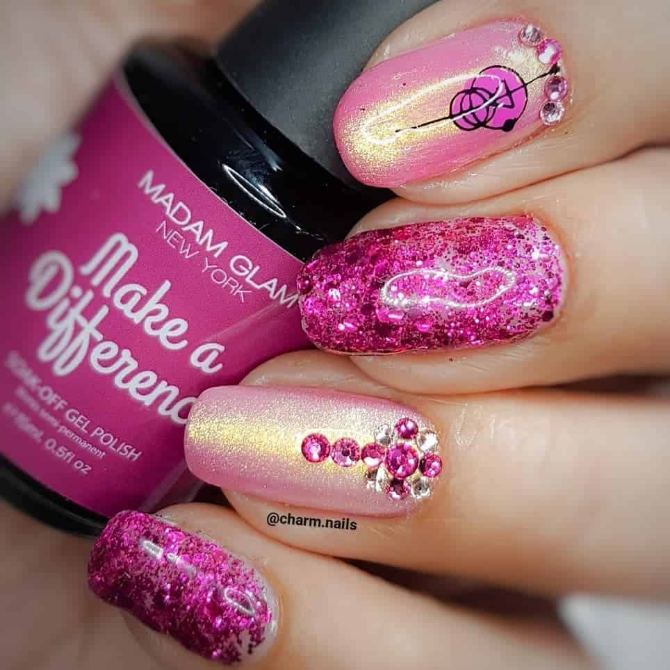 Intricate Designs For The Short Acrylic Nails - Short Acrylic Nails with Glitter Accents