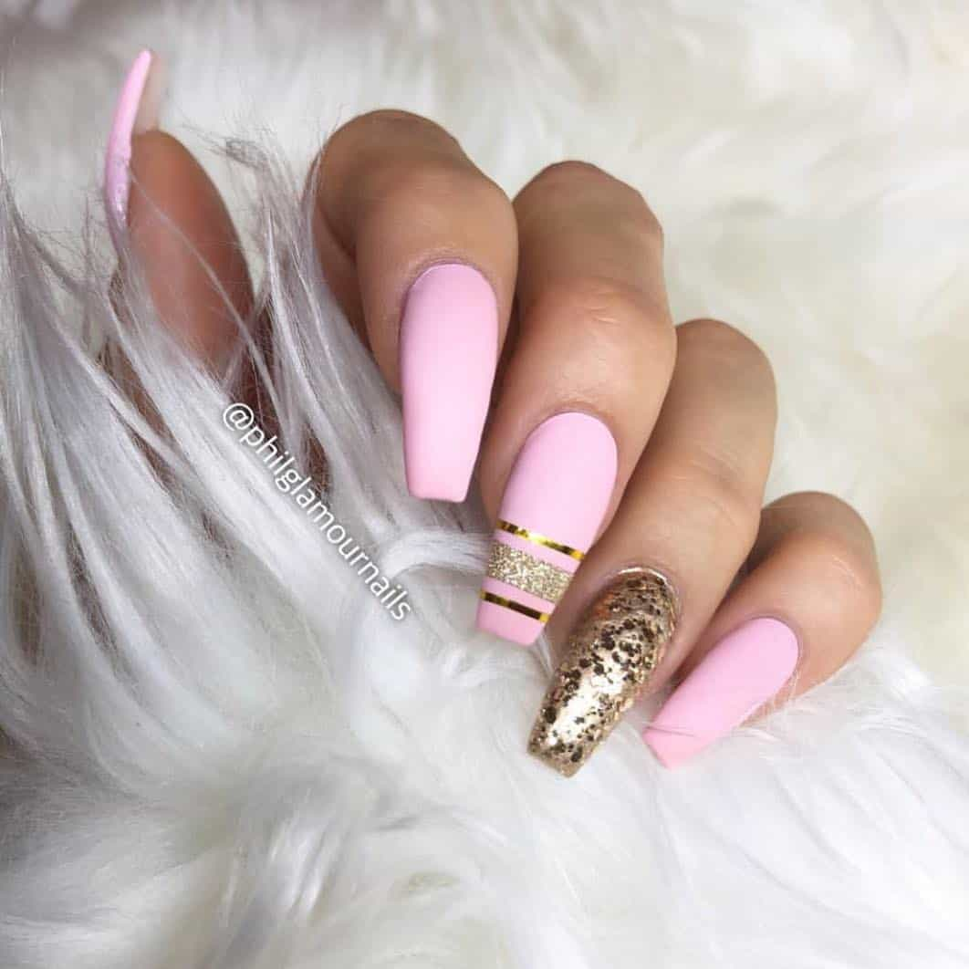 32 Super Cool Pink Nail Designs That Every Girl Will Love - Light Pink Acrylic Nails